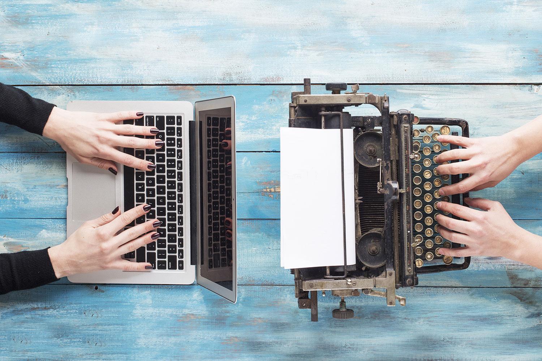 laptop-vs-typewriter